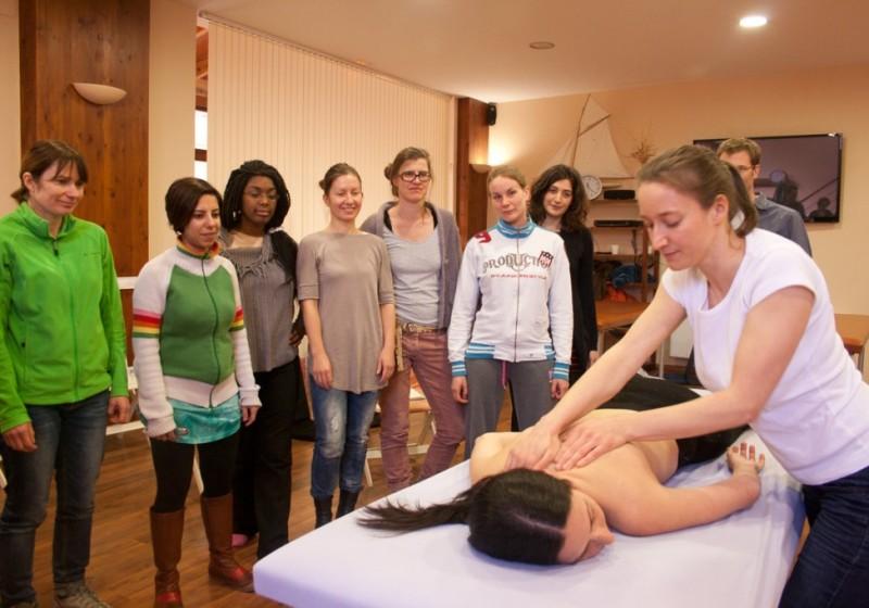 Formation-Massage-Lausanne-Nadine-Debetaz